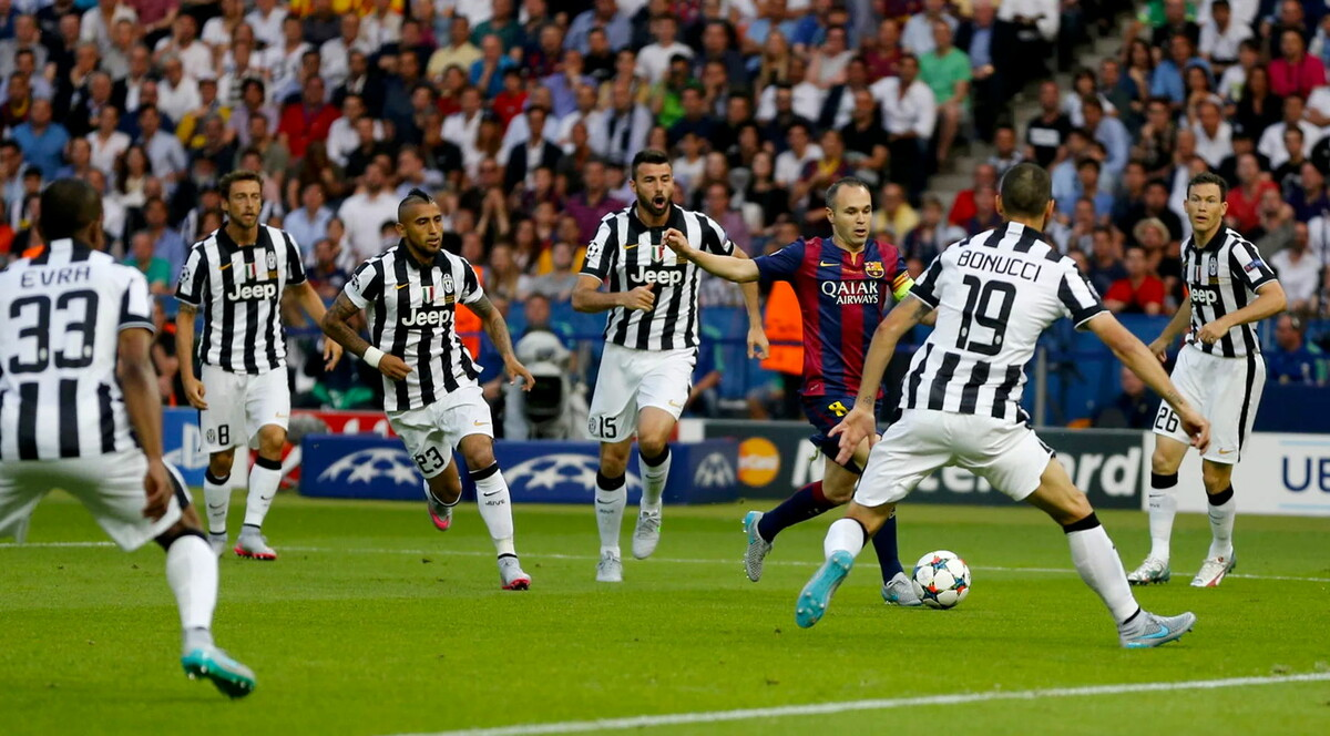 Fonte: Iniesta Surrounded